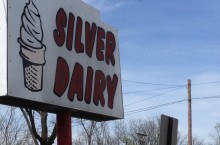 Silver Dairy is a quaint ice cream shop that provides delicious creamy ice cream for reasonable prices. Photo credit: Jaclyn Godwin